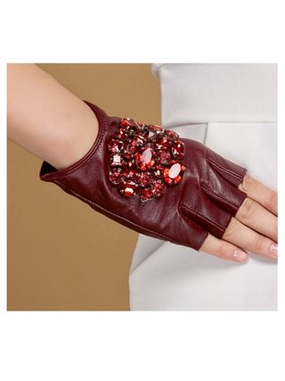 Kari C. Embellished leather glove