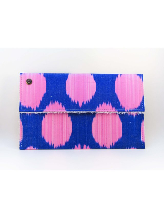 casemylove 11inchLove from Pink Ikat