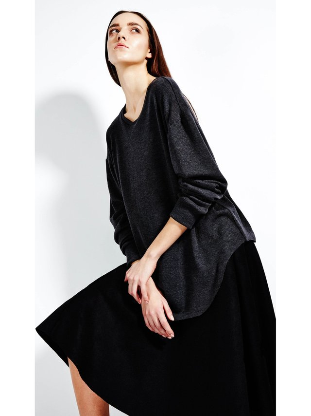 Devlyn van Loon Slim Knit Long Sleeve - Charcoal