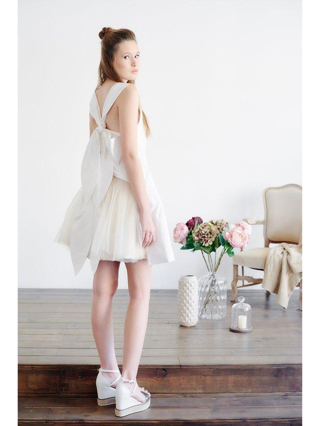 HB By Hanna Baranava Flowers in Fashion