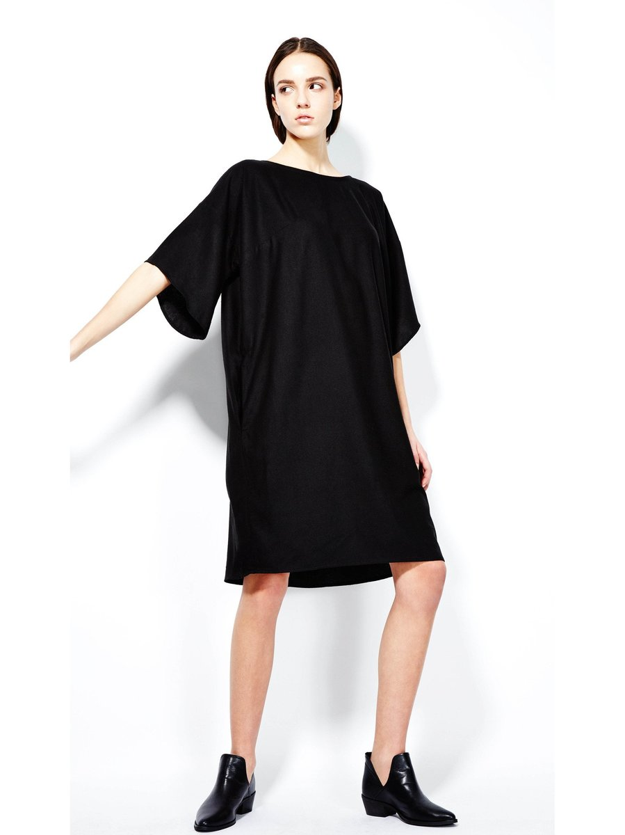 Devlyn van Loon T Dress